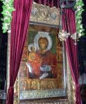 """Икона Божией Матери """"Троеручица"""" с Афона, 17й век."""