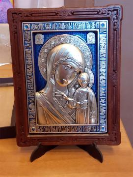 Серебряная икоан Казанской Пресвятой Богородицы