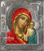 Казанская Божия Матерь с двумя предстоящими икона с серебряном окладе на доске