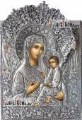 Тихвинская Божия Матерь икона с серебряном окладе на доске