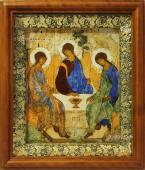 Троица икона на холсте в деревянном киоте артикул 60529