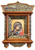 Икона с образом Казанской Богородицы в деревянном киоте артикул 277