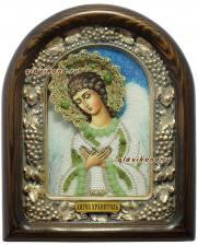 Ангел Хранитель, икона из белого бисера с зелеными камнями