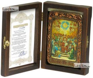 Сошествие Святого Духа, икона подарочная в футляре, 10х15 см - вид в комплекте