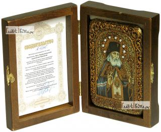 Святитель Лука, исповедник, архиепископ Крымский, икона подарочная в футляре, 10х15 см - вид в комплекте
