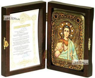 Ангел Хранитель (в живописном стиле), икона подарочная в футляре, 10х15 см - вид в комплекте