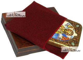 Тихон Задонский, икона подарочная на дубовой доске, 15х20 см - вид в комплекте