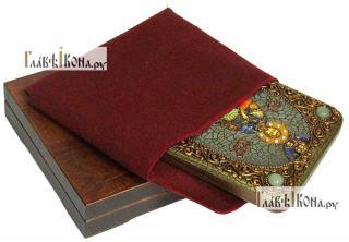 Иоанн Воин, икона подарочная на дубовой доске, 15х20 см - вид в комплекте
