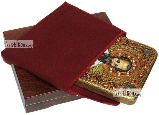 Родион апостол, икона подарочная на дубовой доске, 15х20 см - вид в комплекте