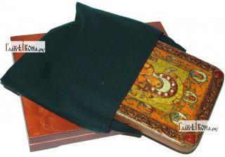 Тихвинская Хлебенная (Запечная) Божия Матерь, аналойная икона подарочная - вид с упаковкой
