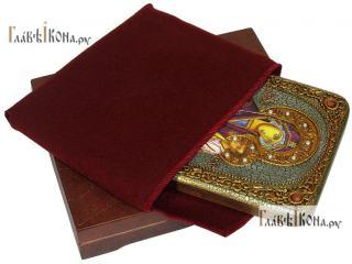 Скоропослушница (в старинном стиле), икона подарочная на дубовой доске, 15х20 см - вид в комплекте