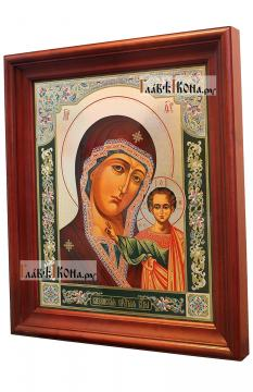 Казанская Божия Матерь (византийский стиль), аналойная икона в темном киоте - вид сбоку