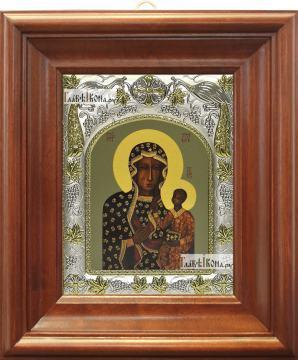 Ченстоховская Божья Матерь, икона в ризе, артикул 42834 - вид в киоте