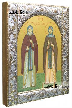 Кирилл и Мария Радонежские, икона в ризе с классическим узором - вид сбоку