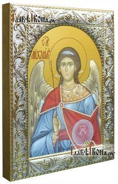 Михаил архангел, икона в ризе классической - вид сбоку