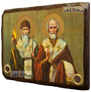 Спиридон и Николай, икона состаренная с мощевиками - вид сбоку