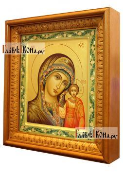 Казанская Божия Матерь, рукописная икона, артикул 5348 - вид в киоте сбоку