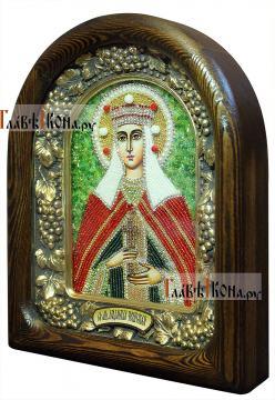 Людмила Чешская, икона сделанная бисером (вид сбоку)