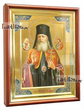 Лука Крымский (с предстоящими), писана икона маслом на золотом фоне - вид в киоте