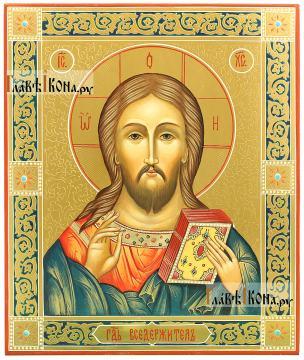 Писаная икоан Спасителя в подарочном оформлении: резьба, золото, узоры