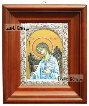 Ангел Хранитель, икона в ризе с классическим узором - вид в киоте