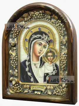 Венчальная пара икон из бисера с синим бархатом- вид Казанской