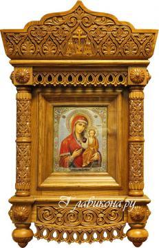 """Киот со сложной резьбой, под икону 17х21, цвет """"орех"""" - вид с иконой"""