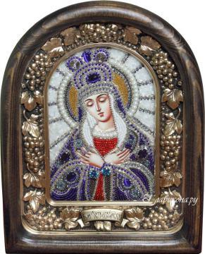 Остробрамская Божия Матерь, икона из бисера в киоте