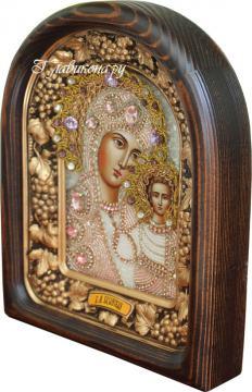 Казанская икона БМ бисером - вид с боку