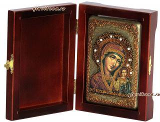Казанская Божия Матерь, жипописный стиль, подарочная икона на дубе, малая