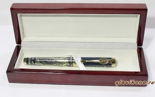 вид ручки в открытом футляре