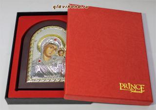 Казанская Божия Матерь, серебряная икона в деревянной рамке, артикул mae1106 - вид с упаковкой