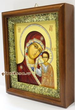 Вид иконы Казанской Б.М. сбоку