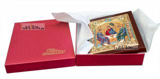 Святая Троица, икона шелкография в серебряном окладе - вид с упаковкой